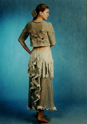 Коллекция льняной одежды, которую мы представляем - это и серийное производство, и индивидуальный пошив...